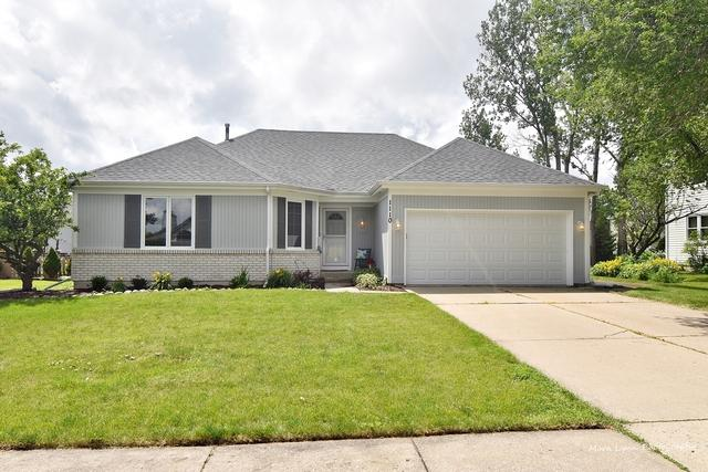 1110 Emerald Drive, Aurora, IL 60506 (MLS #10429497) :: Helen Oliveri Real Estate