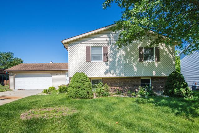 1322 Dianne Drive, Bloomington, IL 61704 (MLS #10429632) :: BNRealty