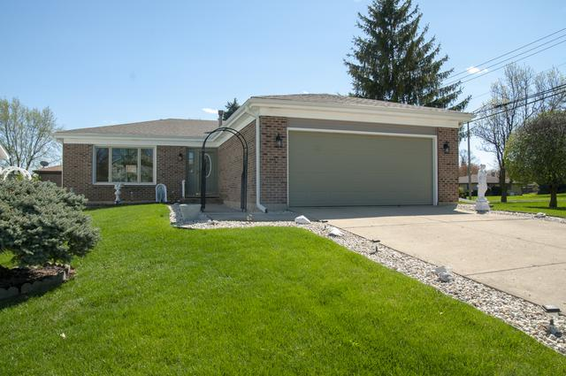 1371 W Barnwall Drive, Addison, IL 60101 (MLS #10430083) :: The Mattz Mega Group