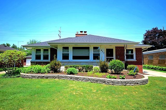 437 E Webster Avenue, Elmhurst, IL 60126 (MLS #10430179) :: Baz Realty Network   Keller Williams Elite