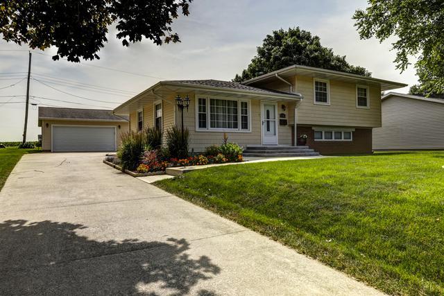 1103 Poplar Lane, MONTICELLO, IL 61856 (MLS #10430200) :: Ryan Dallas Real Estate
