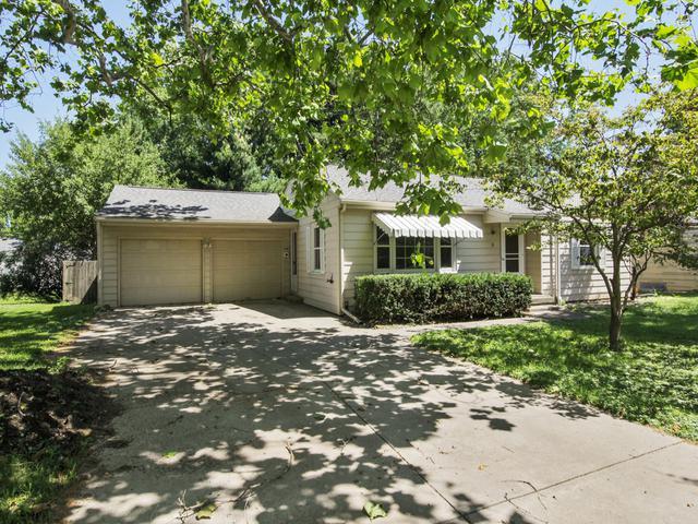 8 Woodruff Drive, Bloomington, IL 61701 (MLS #10430641) :: BNRealty