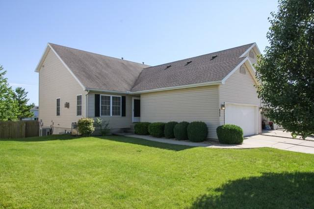 605 Wildberry Drive, Normal, IL 61761 (MLS #10430894) :: BNRealty