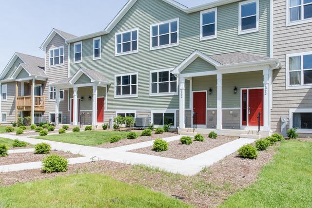 1928 Rena Lane, Yorkville, IL 60560 (MLS #10432469) :: Berkshire Hathaway HomeServices Snyder Real Estate