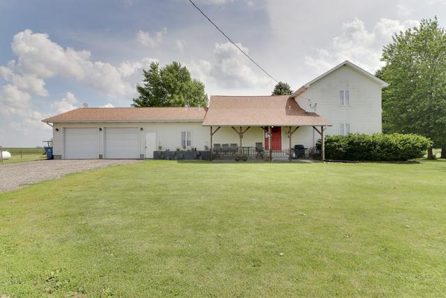 18651 N 800 East Road, Carlock, IL 61725 (MLS #10432606) :: BNRealty