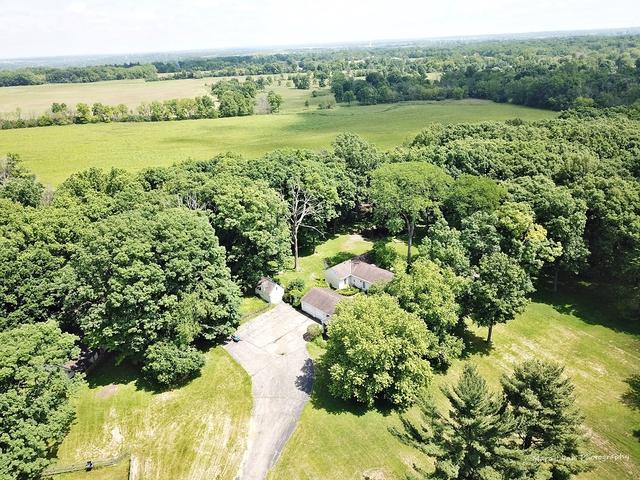 5N764 Surrey Road, Wayne, IL 60184 (MLS #10432772) :: Berkshire Hathaway HomeServices Snyder Real Estate