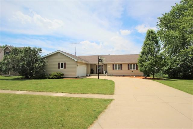 63 N Aspen Drive, Cortland, IL 60112 (MLS #10433127) :: Berkshire Hathaway HomeServices Snyder Real Estate