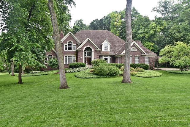 3017 Glen Eagles Court, St. Charles, IL 60174 (MLS #10433264) :: Angela Walker Homes Real Estate Group