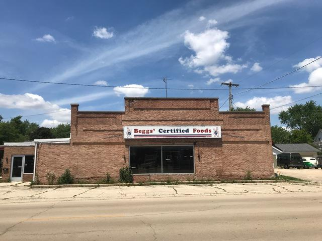 110 Division Street, Amboy, IL 61310 (MLS #10433764) :: Lewke Partners