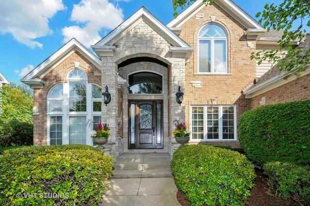 2704 Salix Circle, Naperville, IL 60564 (MLS #10434763) :: The Wexler Group at Keller Williams Preferred Realty