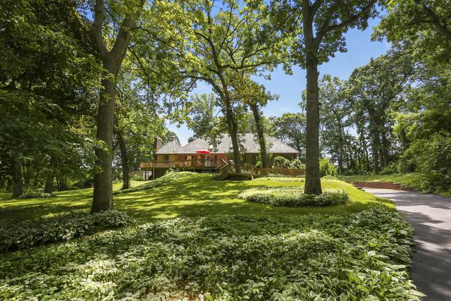 41W585 Golden Oaks Lane, St. Charles, IL 60175 (MLS #10434826) :: Property Consultants Realty