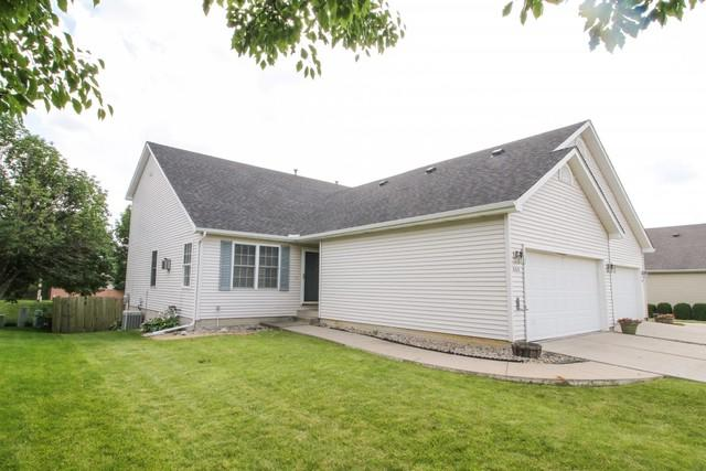 609 Wildberry Drive, Normal, IL 61761 (MLS #10435265) :: Berkshire Hathaway HomeServices Snyder Real Estate