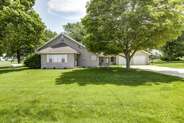 3216 CR 600 E, Fisher, IL 61843 (MLS #10437195) :: Littlefield Group