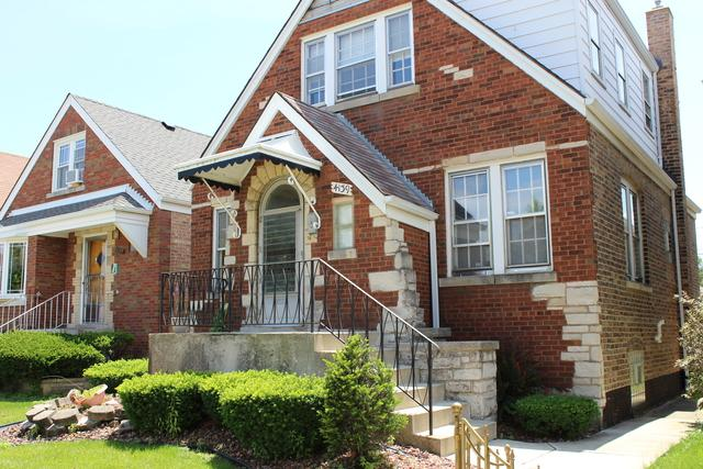 4139 W 57 Place, Chicago, IL 60629 (MLS #10437374) :: The Perotti Group | Compass Real Estate