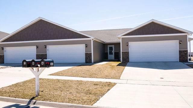 1609 Timber Wolf Lane B, Mahomet, IL 61853 (MLS #10437711) :: Ani Real Estate