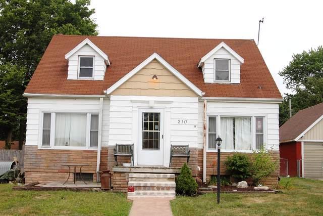 210 W Carper Street, SEYMOUR, IL 61875 (MLS #10438720) :: The Wexler Group at Keller Williams Preferred Realty
