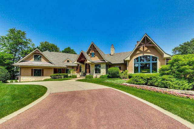 1111 Normandy Lane, Glenview, IL 60025 (MLS #10439043) :: Berkshire Hathaway HomeServices Snyder Real Estate