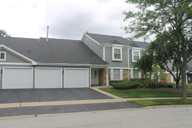 620 Berkley Court 2Z, Schaumburg, IL 60194 (MLS #10439278) :: Berkshire Hathaway HomeServices Snyder Real Estate