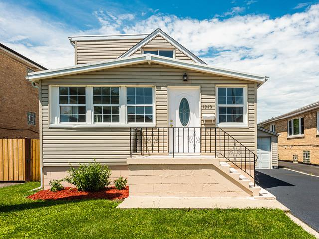 1940 N 18th Avenue, Melrose Park, IL 60160 (MLS #10439428) :: Property Consultants Realty