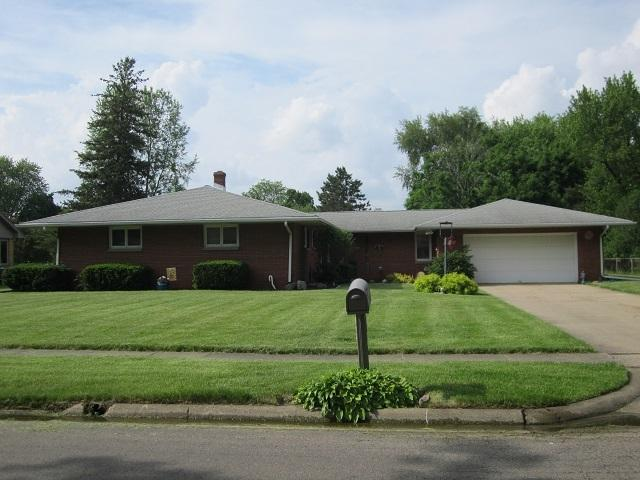 403 Cleveland Avenue, Rochelle, IL 61068 (MLS #10439739) :: Berkshire Hathaway HomeServices Snyder Real Estate