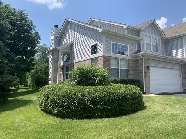 1571 Brittania Way, Roselle, IL 60172 (MLS #10439888) :: Berkshire Hathaway HomeServices Snyder Real Estate