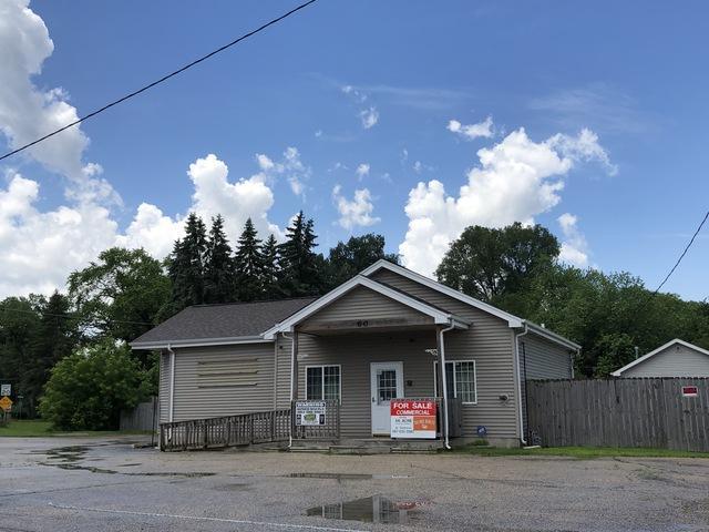 60 Eagle Point Road, Fox Lake, IL 60020 (MLS #10439910) :: Baz Realty Network | Keller Williams Elite