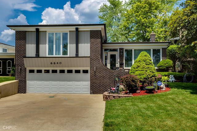 6640 Davis Street, Morton Grove, IL 60053 (MLS #10440495) :: Berkshire Hathaway HomeServices Snyder Real Estate