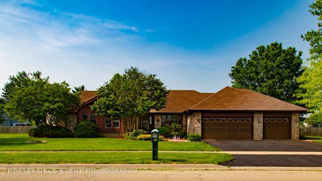 1300 Iles Avenue, Belvidere, IL 61008 (MLS #10440580) :: Berkshire Hathaway HomeServices Snyder Real Estate