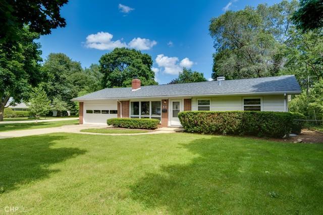 321 Harold Street, Crystal Lake, IL 60014 (MLS #10441250) :: The Wexler Group at Keller Williams Preferred Realty