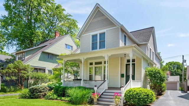 415 S Ashland Avenue, La Grange, IL 60525 (MLS #10441611) :: Berkshire Hathaway HomeServices Snyder Real Estate