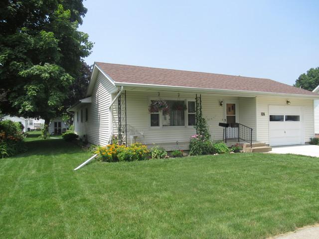 126 N Randolph Street, Princeton, IL 61356 (MLS #10443300) :: Berkshire Hathaway HomeServices Snyder Real Estate