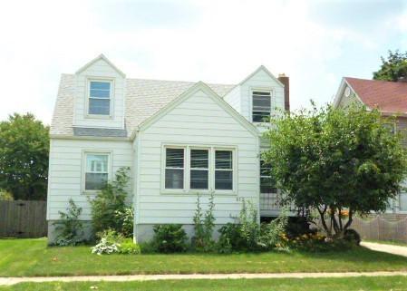 612 E Sangamon Avenue, Rantoul, IL 61866 (MLS #10443343) :: Ryan Dallas Real Estate