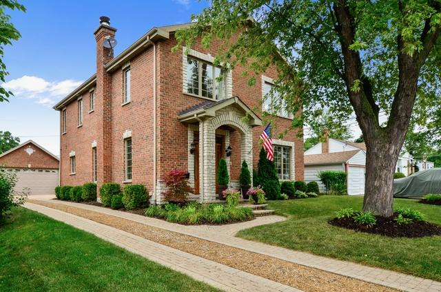 2136 Walnut Court, Glenview, IL 60025 (MLS #10443722) :: The Perotti Group | Compass Real Estate