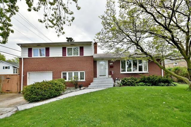 1202 Winston Drive, Melrose Park, IL 60160 (MLS #10444012) :: Property Consultants Realty