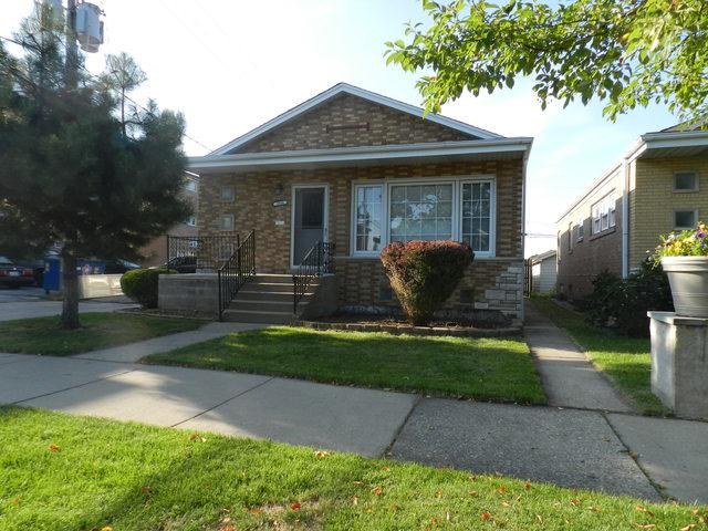 3944 W 68th Place, Chicago, IL 60629 (MLS #10444175) :: The Perotti Group | Compass Real Estate