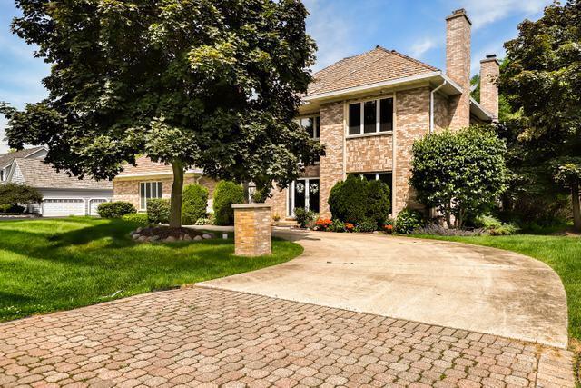 22575 N Linden Drive, Lake Barrington, IL 60010 (MLS #10444289) :: Berkshire Hathaway HomeServices Snyder Real Estate