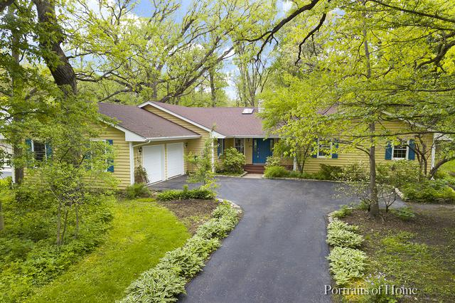 28W520 Woodland Road, Warrenville, IL 60555 (MLS #10444347) :: The Perotti Group | Compass Real Estate