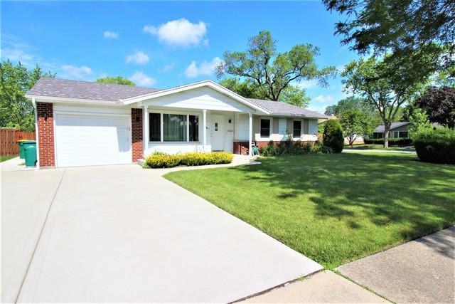 1100 Westview Drive, Elk Grove Village, IL 60007 (MLS #10445357) :: The Wexler Group at Keller Williams Preferred Realty
