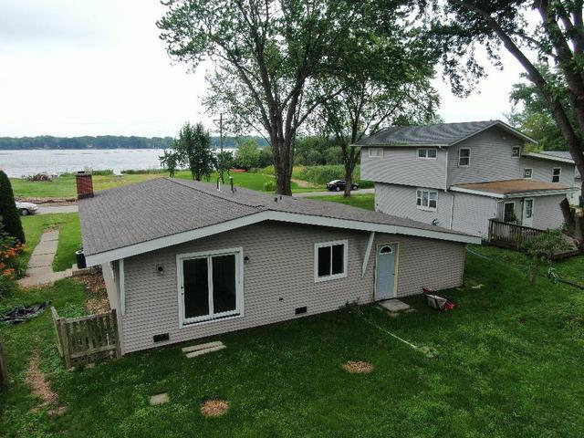 2809 Lake Drive, Holiday Hills, IL 60051 (MLS #10445435) :: Lewke Partners