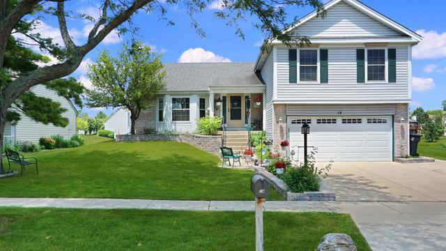 14 Brookstone Drive, Streamwood, IL 60107 (MLS #10445487) :: Century 21 Affiliated
