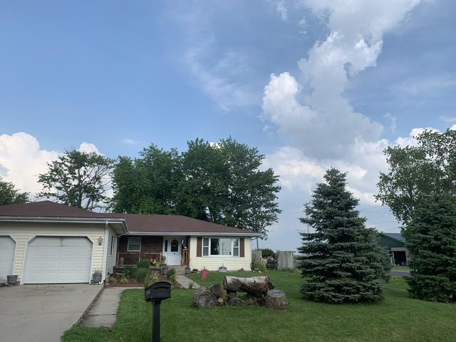 15 Thomas Court, Wapella, IL 61777 (MLS #10446189) :: Berkshire Hathaway HomeServices Snyder Real Estate