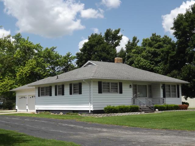 105 S Cherry Street, Crescent City, IL 60928 (MLS #10446205) :: Lewke Partners