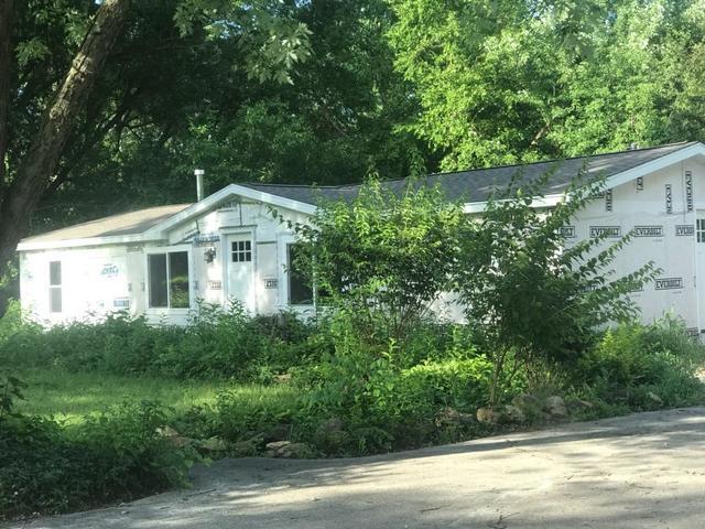 937 N Division Street, Braidwood, IL 60408 (MLS #10446759) :: Berkshire Hathaway HomeServices Snyder Real Estate