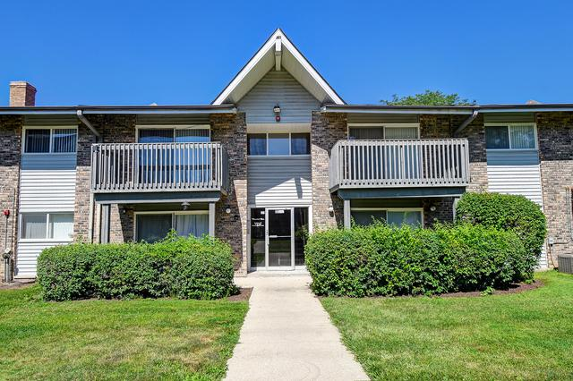 16W505 Mockingbird Lane #208, Willowbrook, IL 60527 (MLS #10446799) :: The Perotti Group | Compass Real Estate