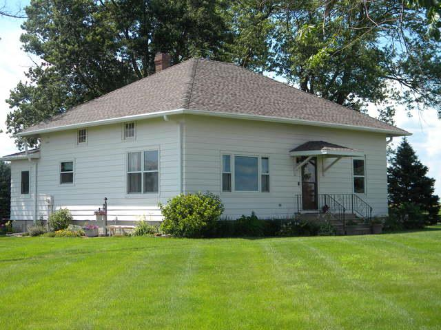 1835 N 600 East Road, Gilman, IL 60938 (MLS #10447209) :: Lewke Partners