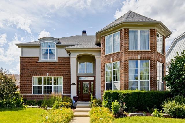 1540 N Oakmont Drive, Vernon Hills, IL 60061 (MLS #10447257) :: Berkshire Hathaway HomeServices Snyder Real Estate