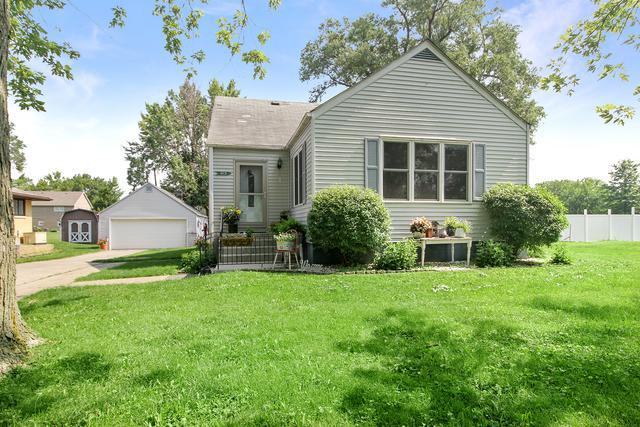 415 E 1st Avenue, Clifton, IL 60927 (MLS #10447822) :: Lewke Partners