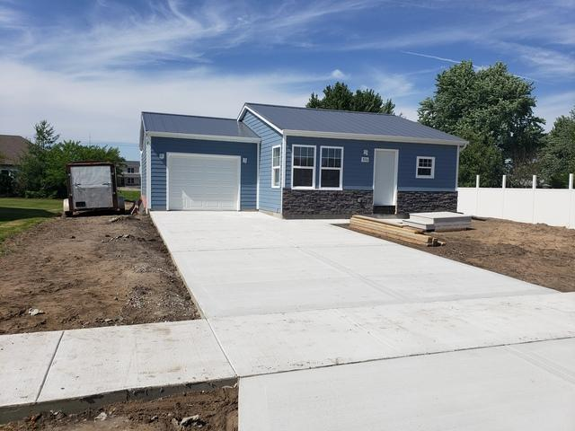 926 Madison Avenue, Braidwood, IL 60408 (MLS #10447923) :: Berkshire Hathaway HomeServices Snyder Real Estate