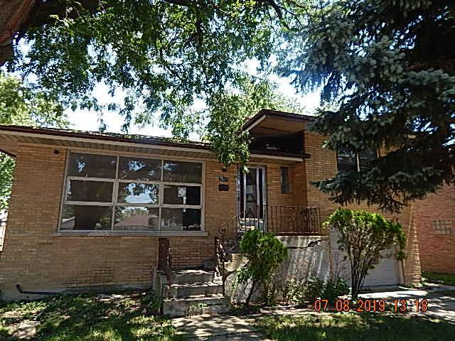 7923 Central Avenue, Burbank, IL 60459 (MLS #10448005) :: Property Consultants Realty