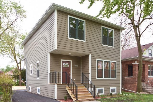2005 S 12th Avenue, Maywood, IL 60153 (MLS #10448115) :: Lewke Partners